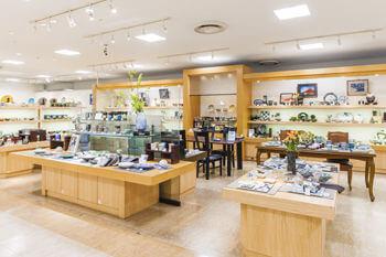 和食器売り場イメージ1